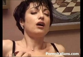 Coroa Fazendo Sexo Anal Com O Vizinho Dotado